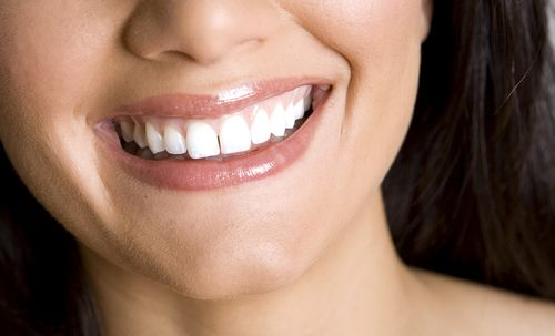 Aesthetic dentistry offers many possibilities to beautify your teeth. Dental Planet, your English-speaking dentist in Rojales, Spain